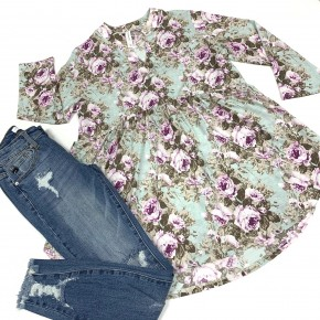 Give A Little Love Floral Top