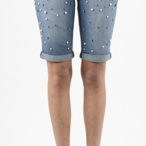Blue denim bermuda shorts with pearl accents