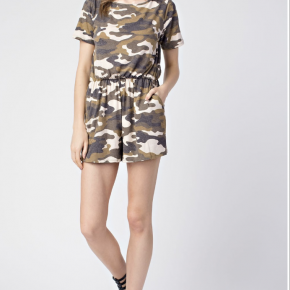 Olive camouflage casual romper with keyhole and pockets