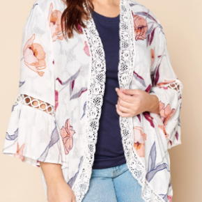 Plus off white open front floral kimono with lace edge detail