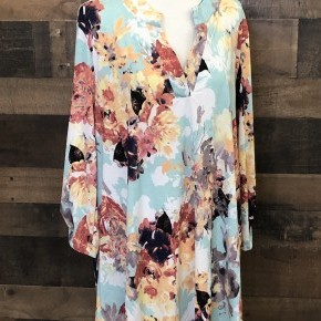 Plus mint/peach floral flowy top with high low