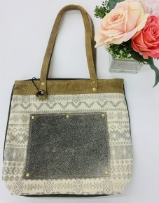 Myra Bag- Sequential Pocket Tote Bag