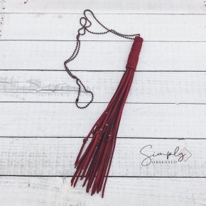 MAROON LARGE TASSEL NECKLACE WITH COOPER CHAIN