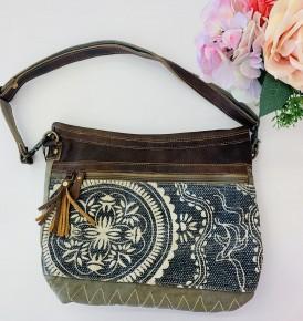 Myra Bag- Vogue shoulder bag