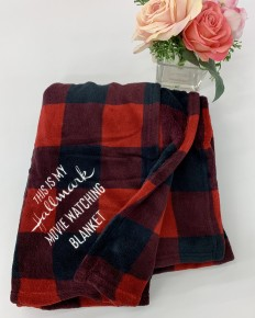 Exclusive thredz- Buffalo plaid hallmark movie watching blanket