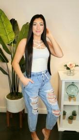 Q2 - Light denim ripped jeans