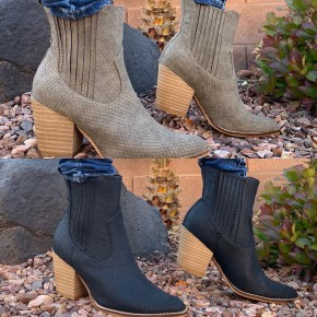 BLACK FRIDAY DEAL Snake texture wooden block heel booties