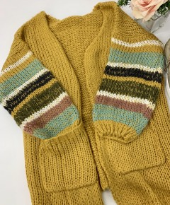 Davi & Dani- Long sleeve color block cardigan sweater