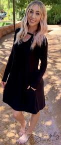 Honeyme - Long sleeve dress with keyhole neck