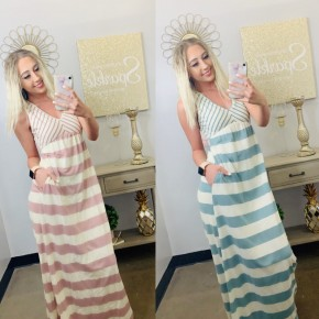 Sleeveless maxi dress with multi stripe with pockets