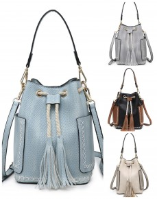 Jen & Co - Small purse with patch and tassel detail