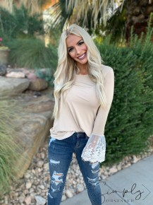 BOMBOM- Long sleeve top with lace detailed cuffs