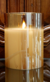 The Light Garden Flameless radiance poured candle