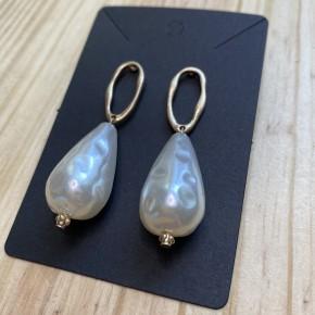 Large Pearl Dangle Earring