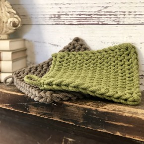 Crocheted Pot Holder (set of 2) (Brown & Olive)