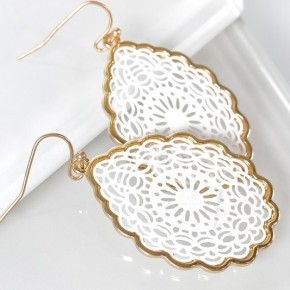 Teardrop Lasercut Mandala earrings - White