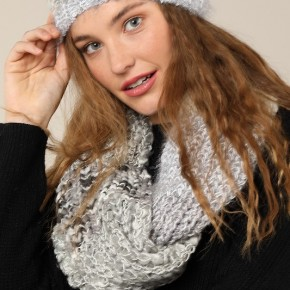 Ring around the Rosey Scarf in Gray