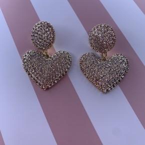 Shining rhinestone hearts