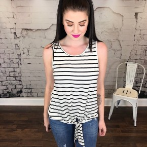 ROUND NECK STRIPED TANK TOP W/ KNOTTED FRONT