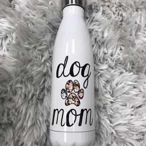 "WATER BOTTLE - ""DOG MOM"""