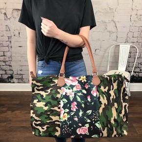 CAMO & FLORAL WEEKENDER BAG