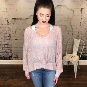 KNIT TOP WITH TWIST FRONT HEM