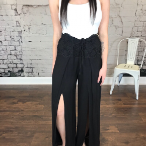 SOLID LACE UP PALAZZO PANT
