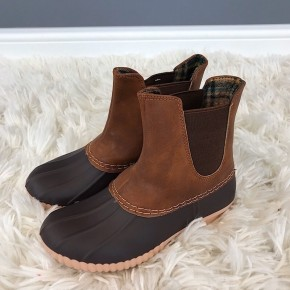 CHILD SIZE DUCK BOOTS