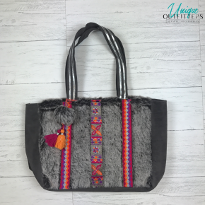 FROST GREY FAUX FUR EMBROIDERED TOTE