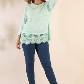 3/4 Sleeve Slub Knit Tunic with Lace Trim Hem