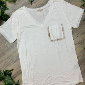 V-neck Tee with Lace Detail on Pocket