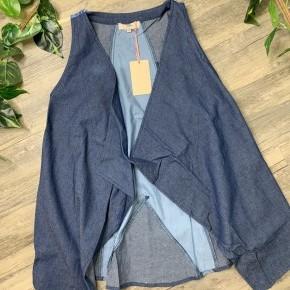 Denim Star Vest with Pockets