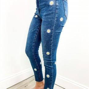 Judy Blue Daisy Jeans