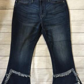 Frayed Tulip Hem Crop Flare Jeans
