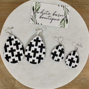Black and White Teardrops
