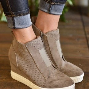 Taupe Zoey Sneakers