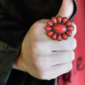 Red Stone Flower Stretch Ring