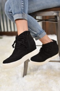 Black Ursula Sneakers