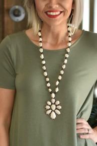 Cream Flower Squash Necklace