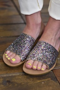 CLEARANCE Glitter Showstopper Slides