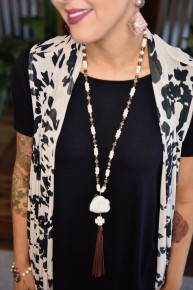 Beaded Cream & Crystals Pendant Necklace