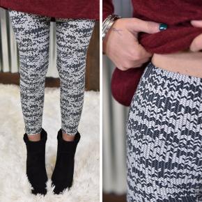 Grey & White Printed Yoga Leggings