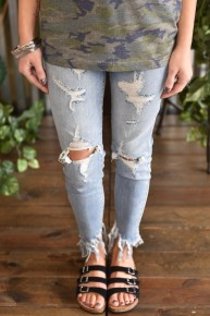 Judy Blue Destroyed Crop Skinny Jeans