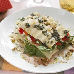 Kâlde lasagna zucchini, paprika en tsiis