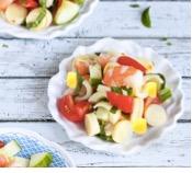 Tomaat salade, nôt en palmito