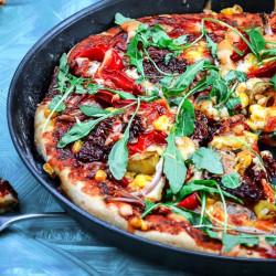 Pizzas tomato roced ac ŷd