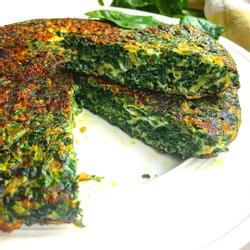 Sbigoglys omelet gyda thatws brownio