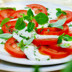 """thermomix"" salad caprese"