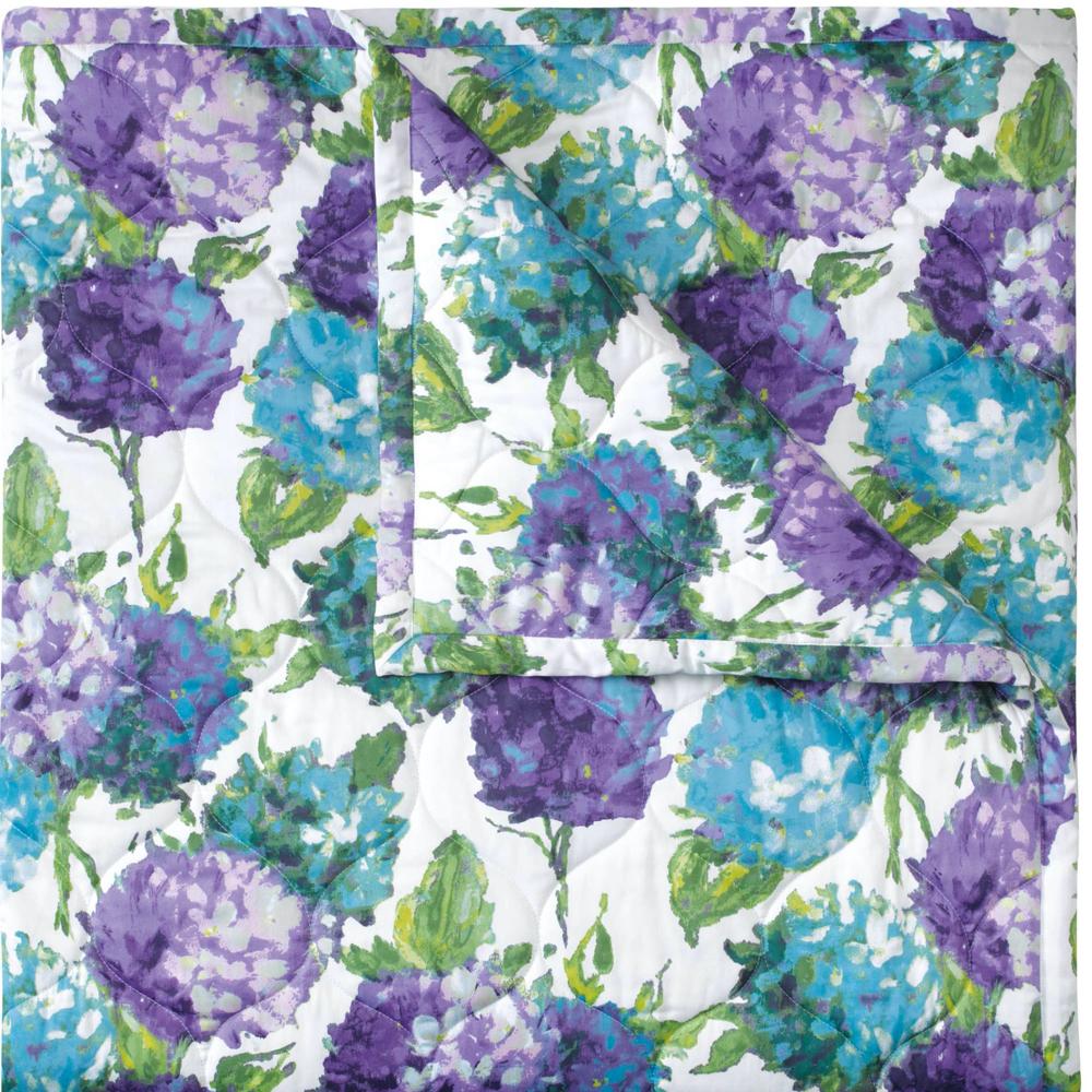 Hydrangea Quilt & Shams image 1