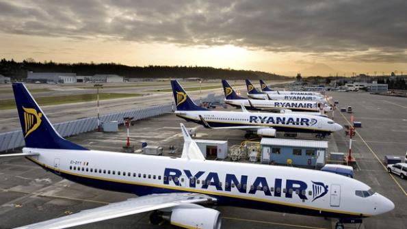 Ryanair ameaça pilotos italianos e enfurece governo